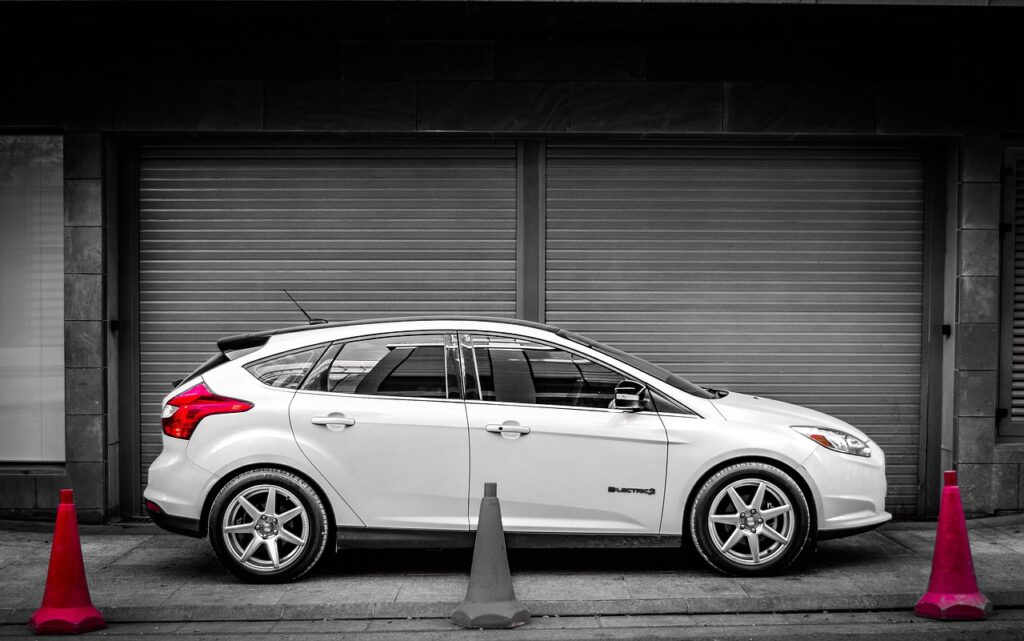 Ford Focus Electric - omarsaldib / Pixabay